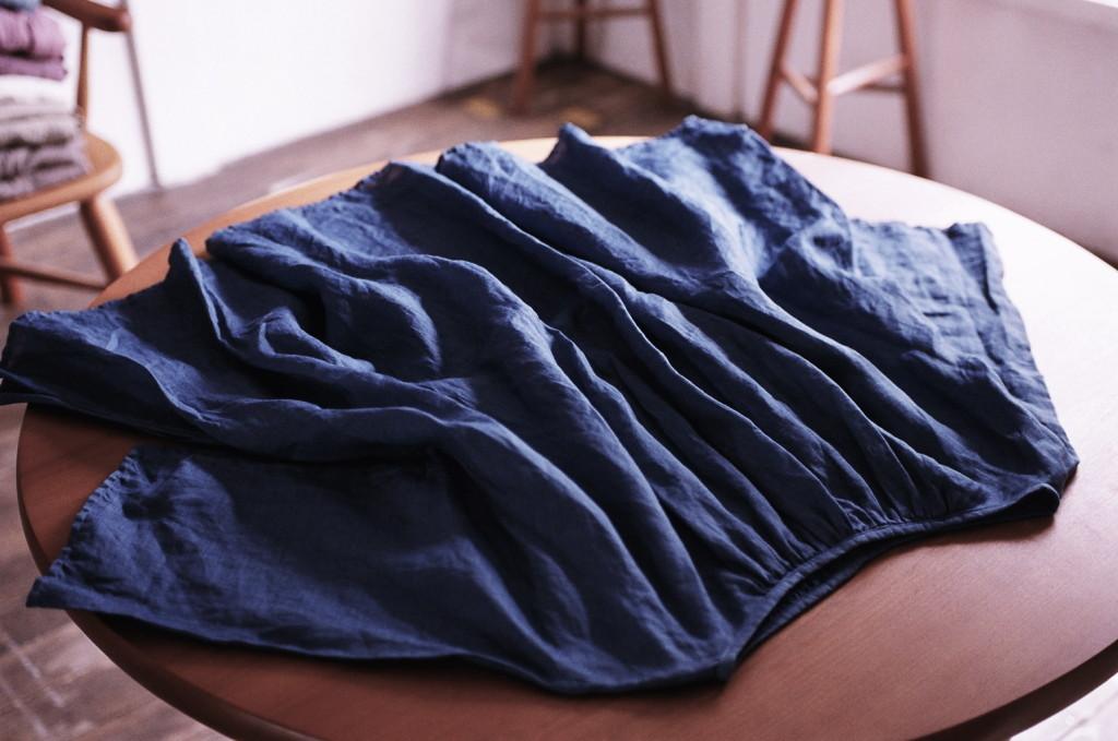 草木染め 藍染め イタリアンリネンブラウス 松本展 indigo dyed linen blouse