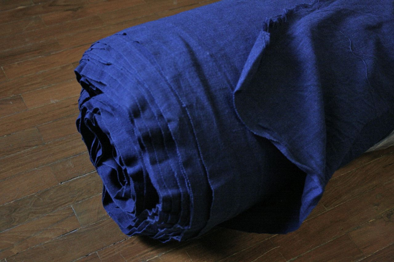 Indigo-dyed cotton fabric woven outside of Chiang mai. 持ち帰った藍染めコットン