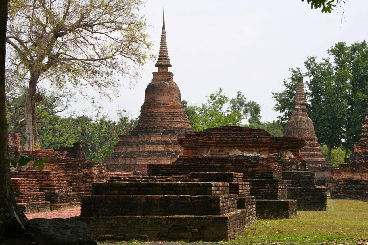 スーコタイ遺跡公園にて。Sukhothai Historic Park