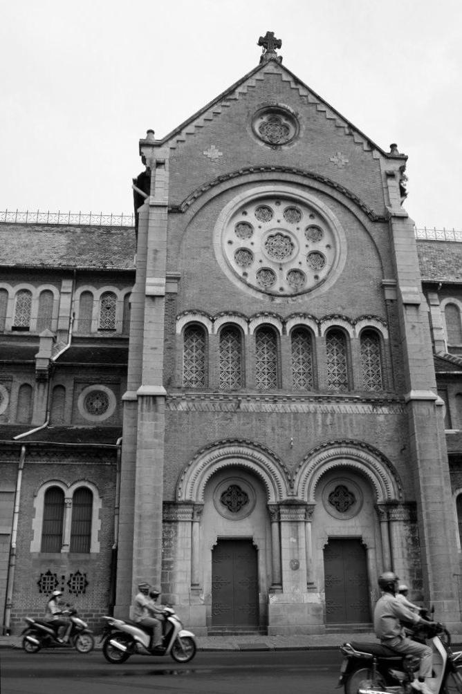 サイゴン大教会 Saigon Notre-Dame Basilica, Ho Chi Minh City, Vietnam, Jan 2011