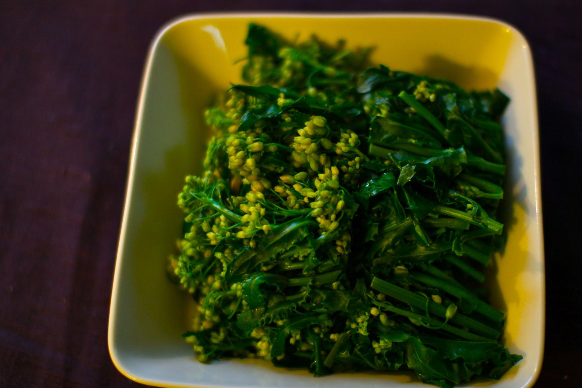わらび菜 茹でておひたしに きれいな色です
