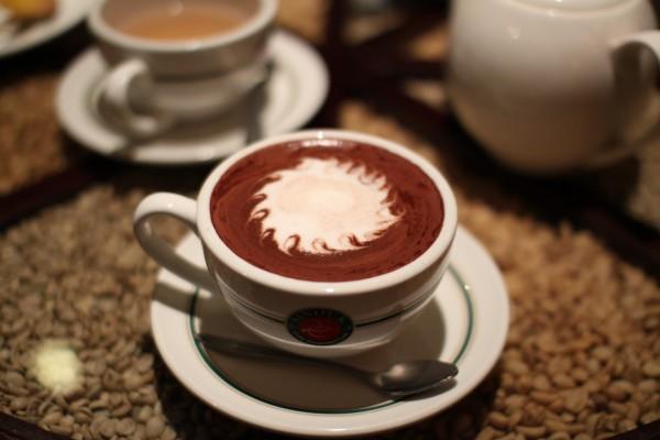 Sinouk cafeにて