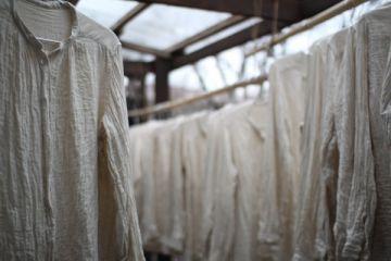 コットンリネンガーセのブラウス のり抜き後、洗いをかけたところ
